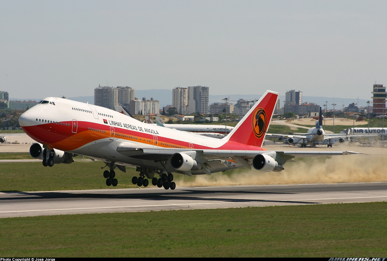 TAAG - Angola Airlines